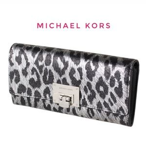 MICHAEL KORS TINA CHEETAH LEATHER CLUTCH WALLET